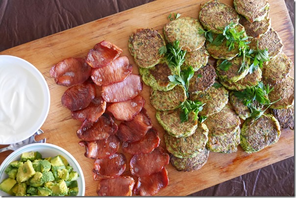 Zucchini fritters, bacon, avocado and yoghurt
