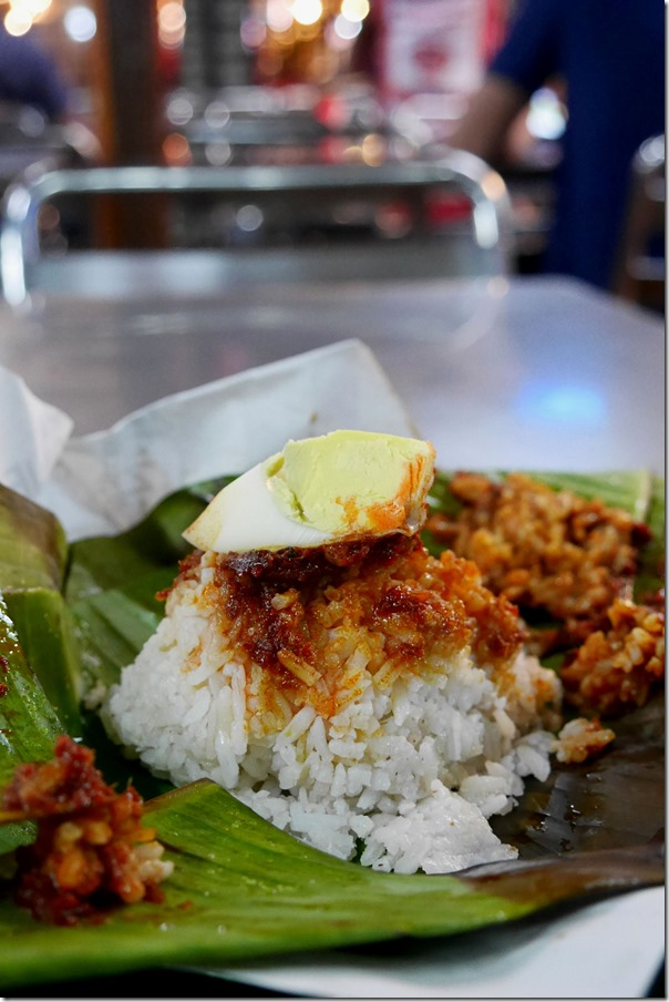 Simple yet delicious ~ Chun-One nasi lemak in all its glory