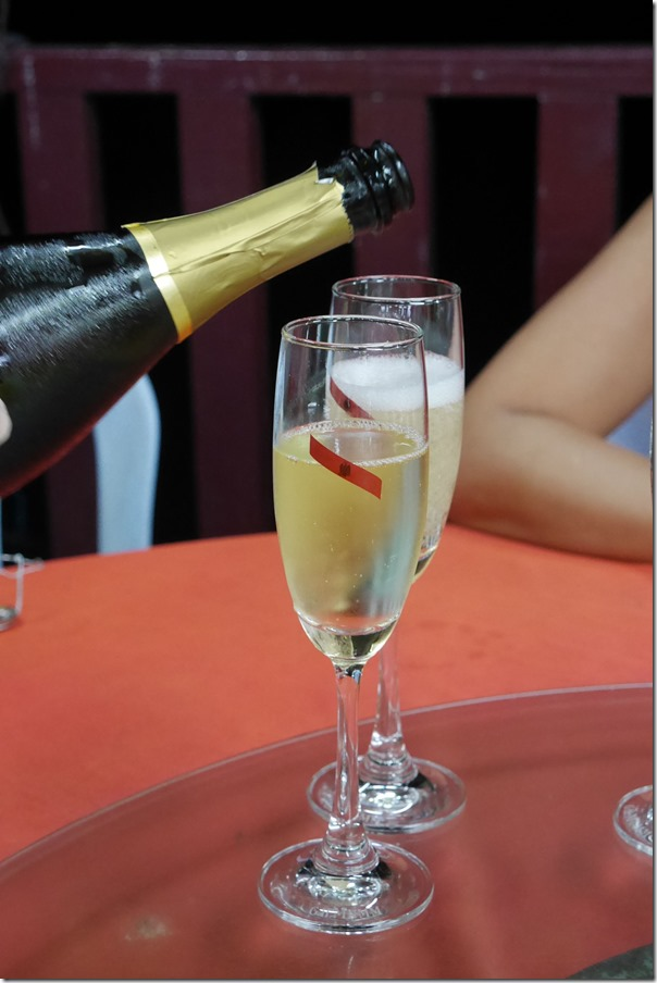 BYO sparkling wine - no corkage too!
