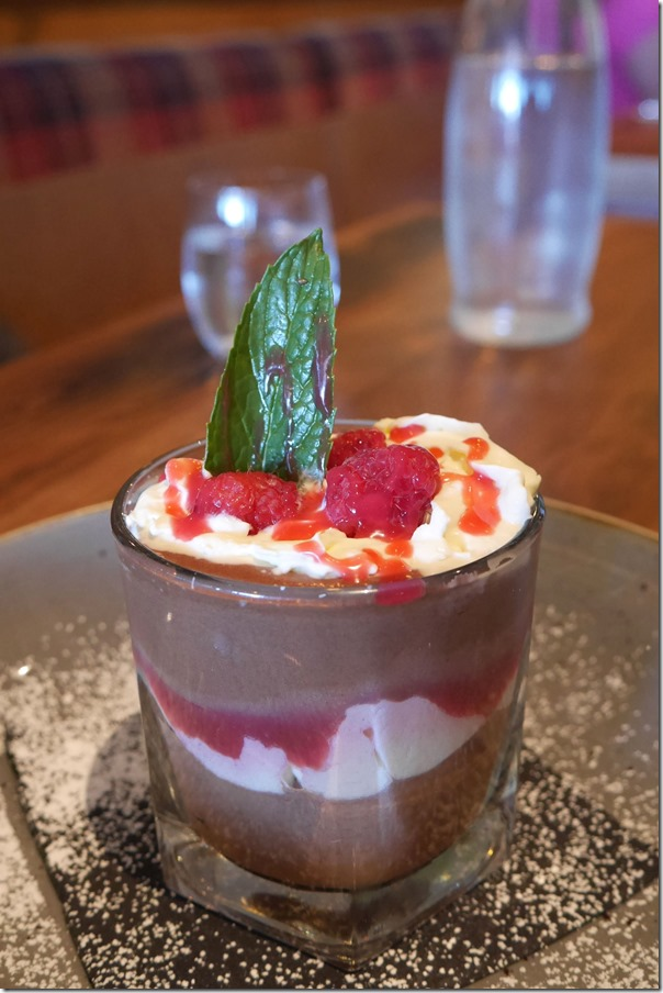 Chocolate mousse with raspberry