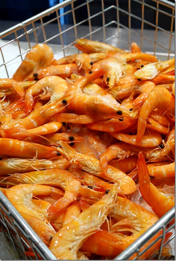 Cooked vannamei prawns