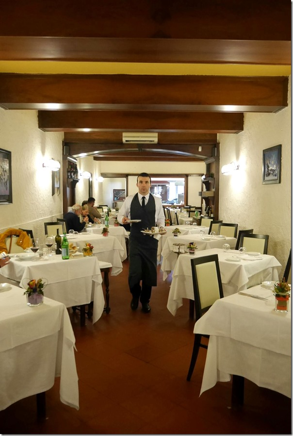 Dining room, Ristorante La Greppia, Parma