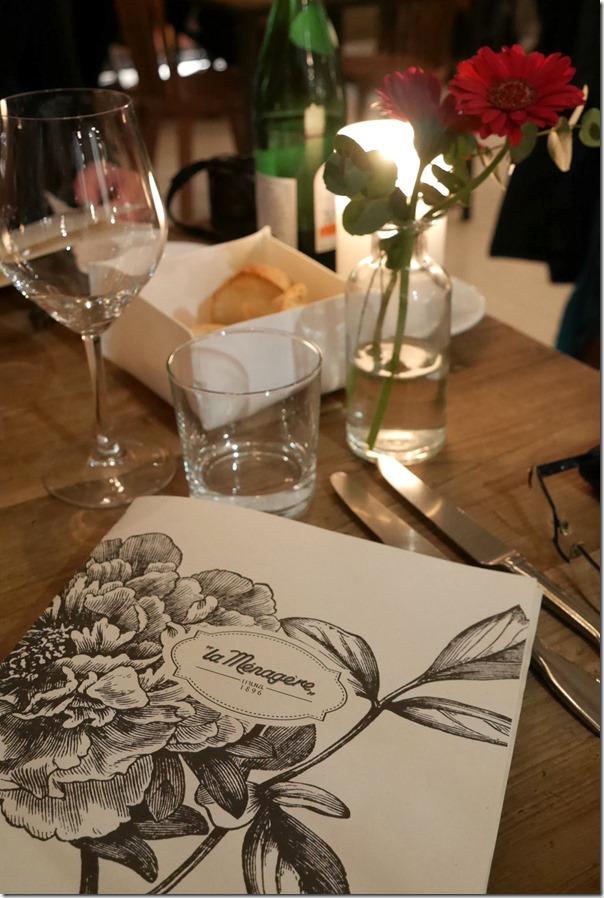 Table setting, La Ménagère