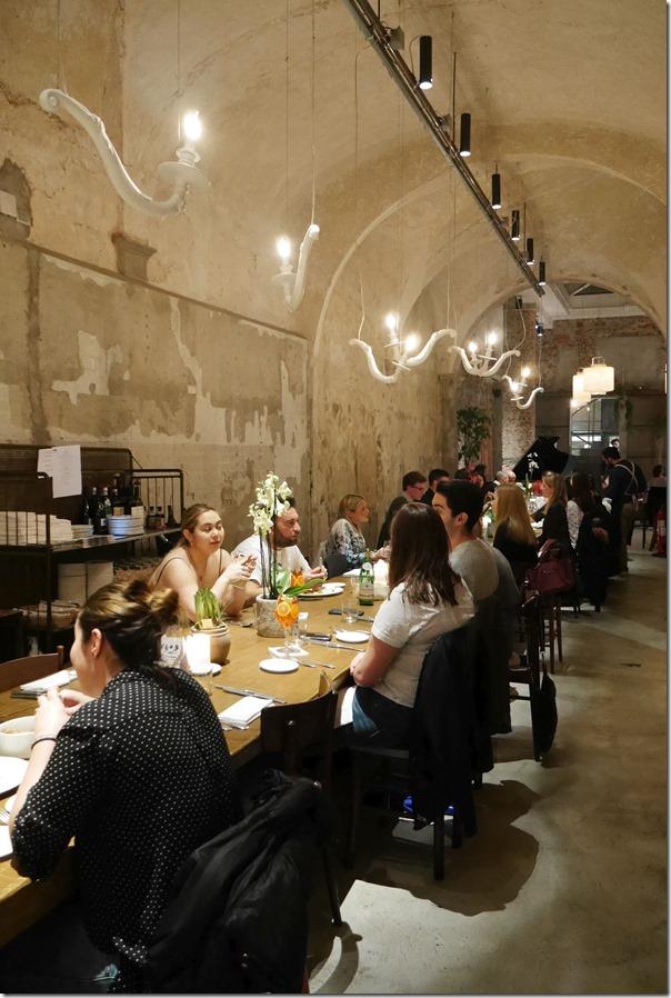 Communal dining at La Ménagère