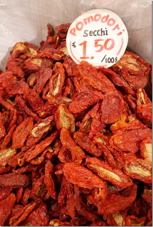 Sundried tomatoes €1.50 / A$2.10 per 100 grams