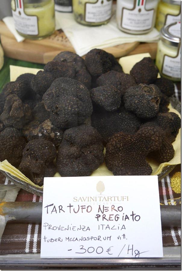 Black truffles €300 / A$420 per kg