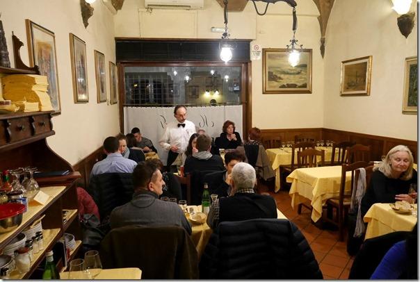 Dining room, Trattoria Mamma Gina