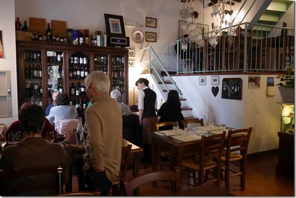 Dining room Osteria La Porta, Pienza