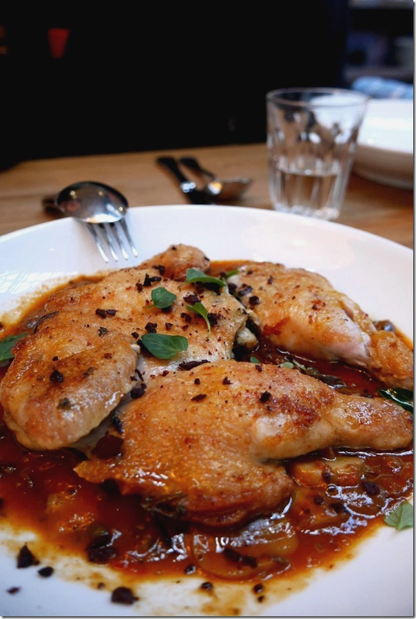 Special of the day: Grill chicken, olives, oregano, mushroom and tomato $33