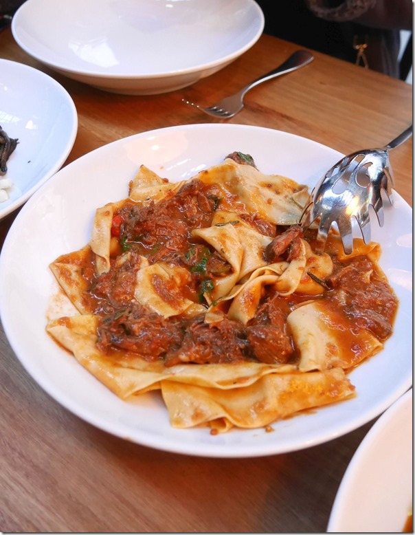 Pappardelle, beef, tomato, red wine, parmesan $33