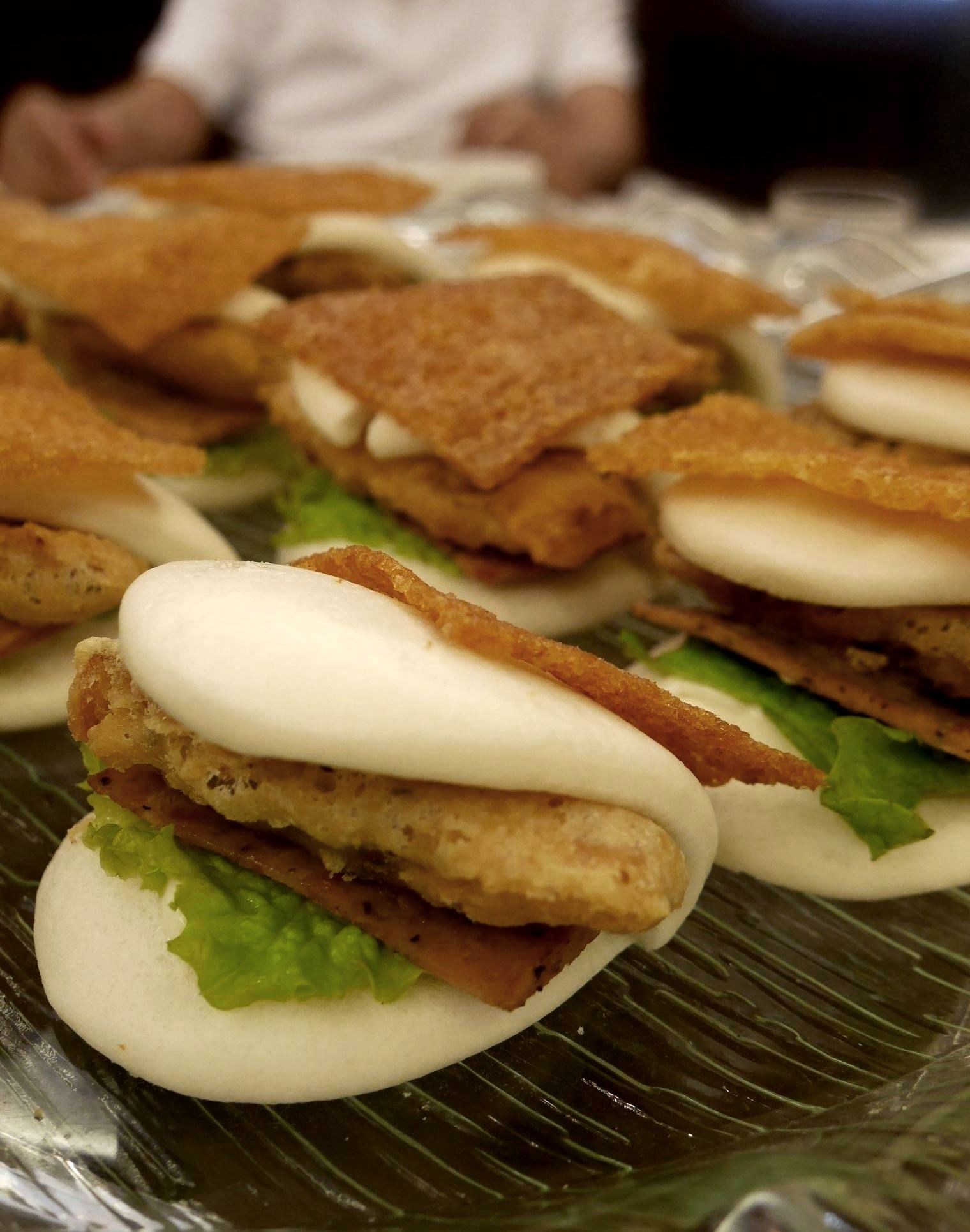Pork belly bun with crispy crackling and Chinese ham